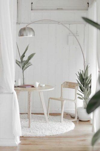 white clean livingroom