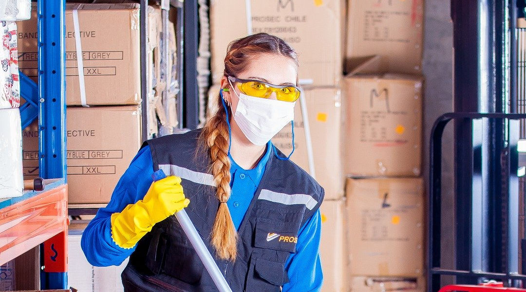 protective clothing for cleaning